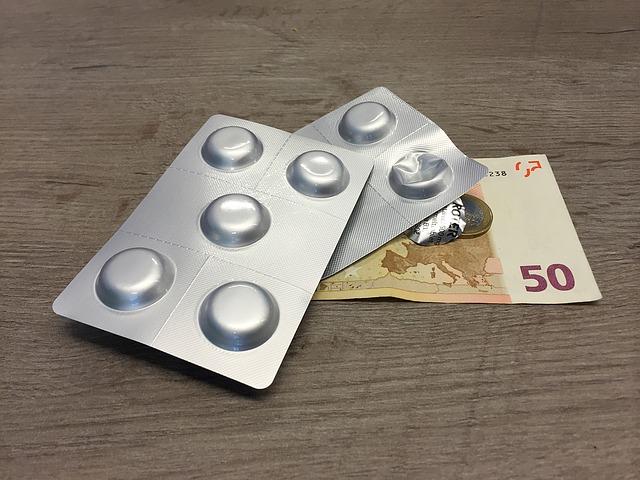 léky s penězi