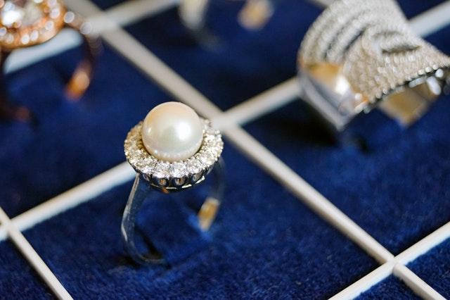 strieborné šperky.jpg